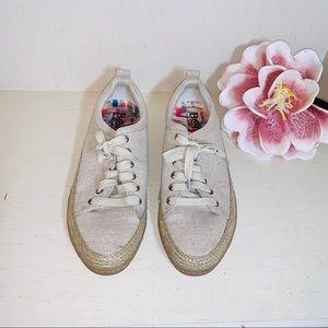 Born Capela Tan Women's Sneakers Size 8.5